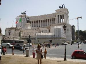 Plaza de Venecia y el monumento al unificador del país